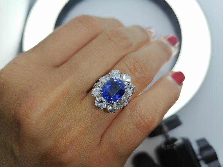 Women's IGI Certified 5.30 Carat Natural Unheated Sapphire Diamond Ring For Sale