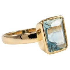 Certified Aquamarine Octagon Bezel Setting Solitaire Ring  18 Karat Yellow Gold