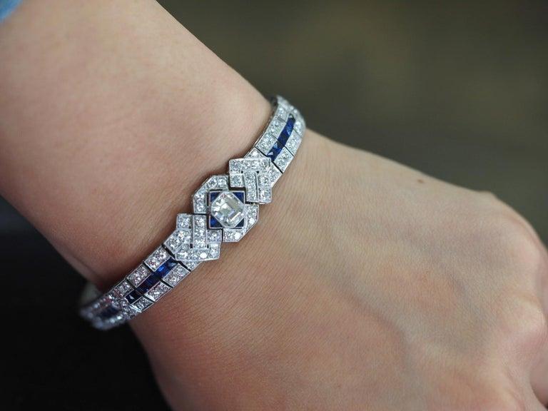 IGI Certified Art Deco Platinum Diamond and Sapphire Bracelet For Sale 5