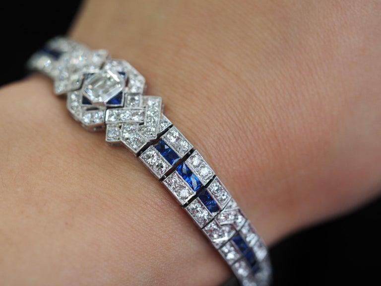 IGI Certified Art Deco Platinum Diamond and Sapphire Bracelet For Sale 6