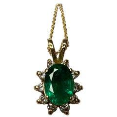 IGI Certified Deep Green 2 Carat Emerald Diamond Cluster Gold Pendant Necklace
