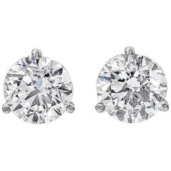 IGI Certified Martini Set Round Diamond Three-Prong Stud Earrings