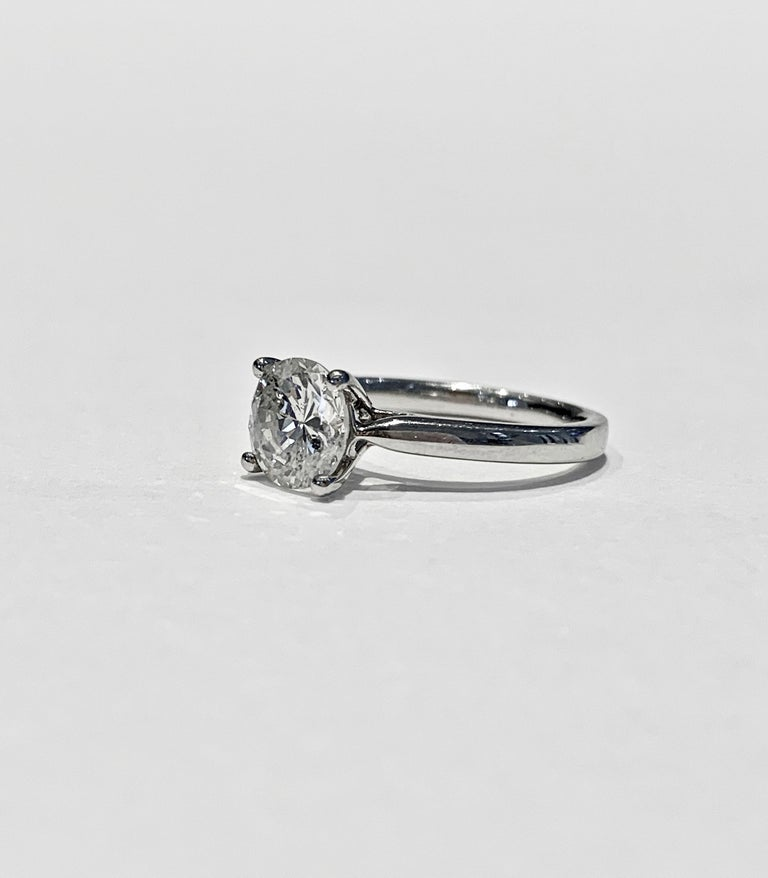 IGL Certified 1.64 Carat Brilliant Cut Diamond Set in a Platinum Ring In New Condition For Sale In Chislehurst, Kent