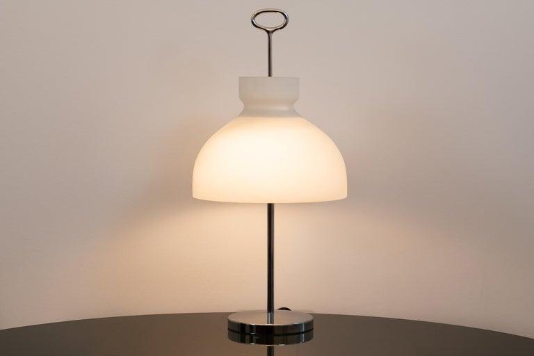 Mid-Century Modern Ignazio Gardella Arenzano Table Lamp for Azucena, 1956 For Sale