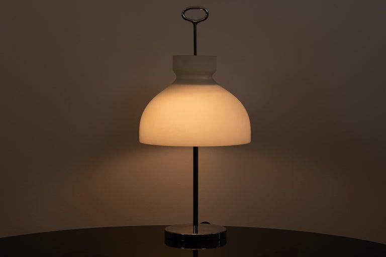 Italian Ignazio Gardella Arenzano Table Lamp for Azucena, 1956 For Sale