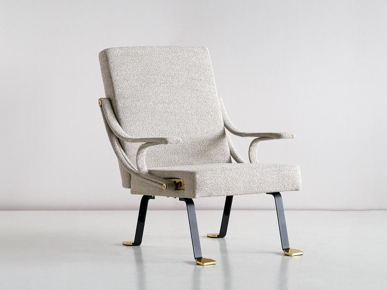 Ignazio Gardella 'Digamma' Armchair in Beige Raf Simons Kvadrat Bouclé Fabric For Sale 2