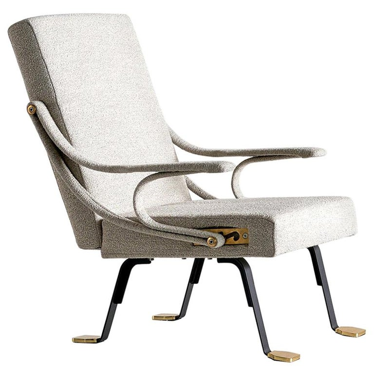 Ignazio Gardella 'Digamma' Armchair in Beige Raf Simons Kvadrat Bouclé Fabric For Sale