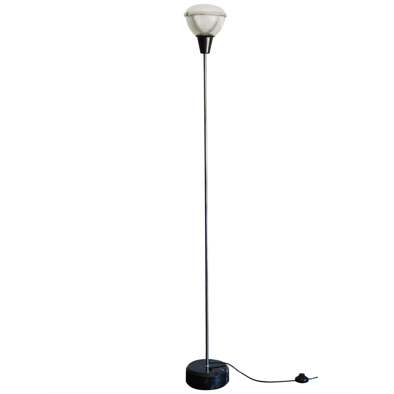 LT6 Floor Lamp