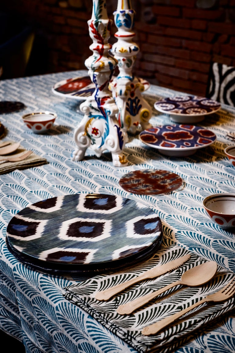 Ikat is part of our colorful world and we are so in love with this old technique that we have reproduced some our most representative pattern on porcelain plates in order to create a tableware collection that is joyful and fun and that will bring