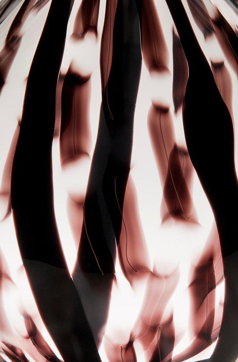 Art Glass Ikate II, a clear & aubergine / black Glass blown Sculpture by Ann Wåhlström For Sale