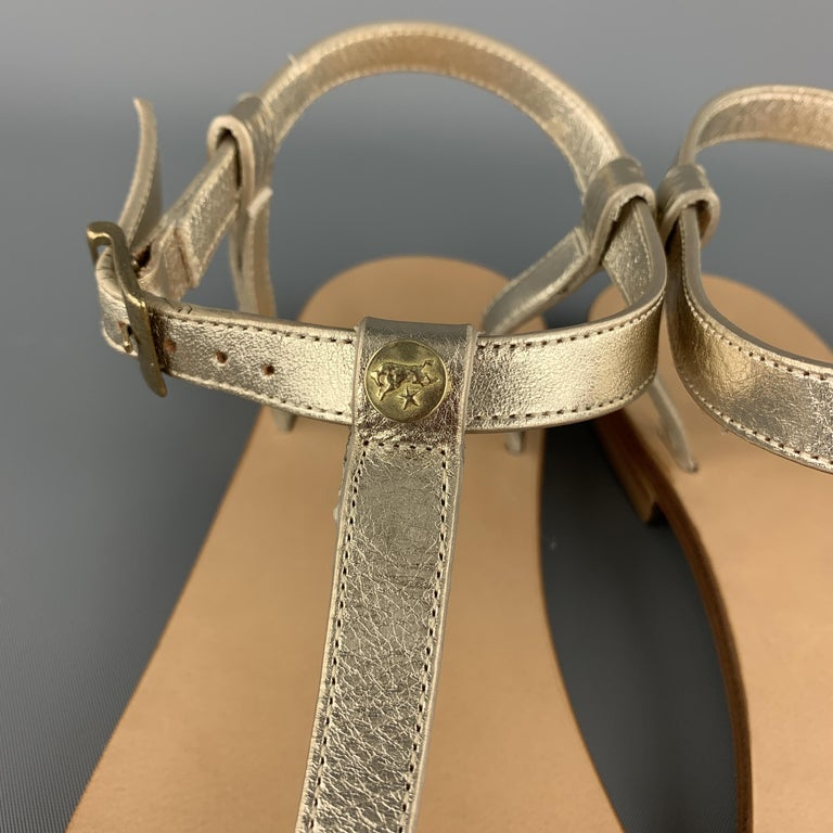 IL BISONTE Size 7 Champagne Gold Leather VERSILLA T-strap Thong Sandals In New Condition For Sale In San Francisco, CA
