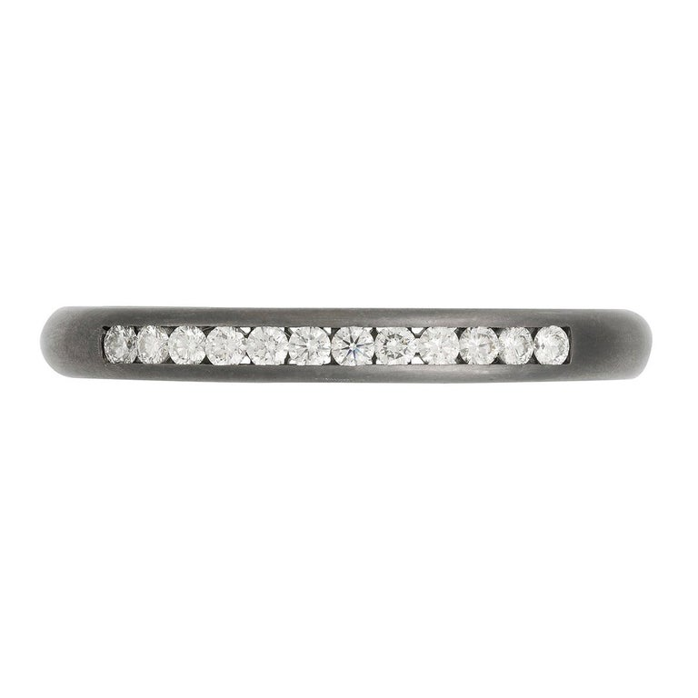 18 Karat Gold and Diamond Queens Cuff For Sale