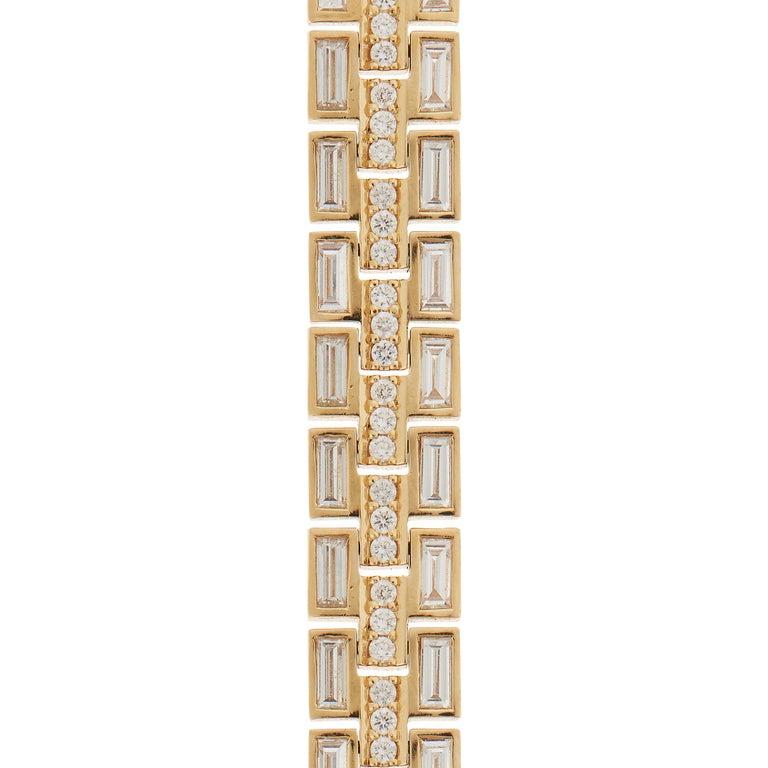 Women's or Men's 18 Karat Yellow Gold Baguette Dream Bracelet For Sale