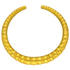 Ilias Lalaounis 18 Carat Yellow Gold Torque Necklace of Ribbed Beaded Design