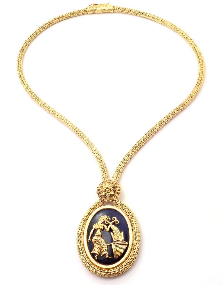 18k Yellow Gold Sodalite Pendant Lariat Pendant Necklace By Illias Lalaounis Greece. With Sodalite stone 1 3/4