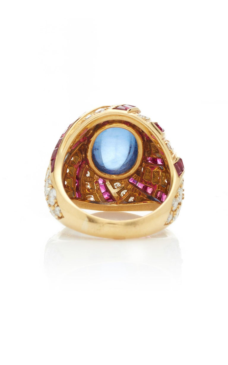 Illario Cabochon Sapphire Diamond Ruby Ring In Excellent Condition For Sale In New York, NY