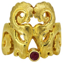 Illias LaLaounis, Vintage 18 Karat Gold Ladies Ring with Ruby, Greece, 1950s