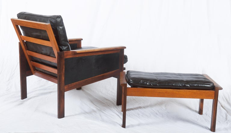 Illum Wikkelsø Easy Chairs with Ottoman Model Capella For Sale 3