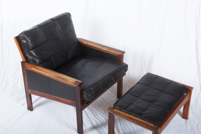 Illum Wikkelsø Easy Chairs with Ottoman Model Capella For Sale 5