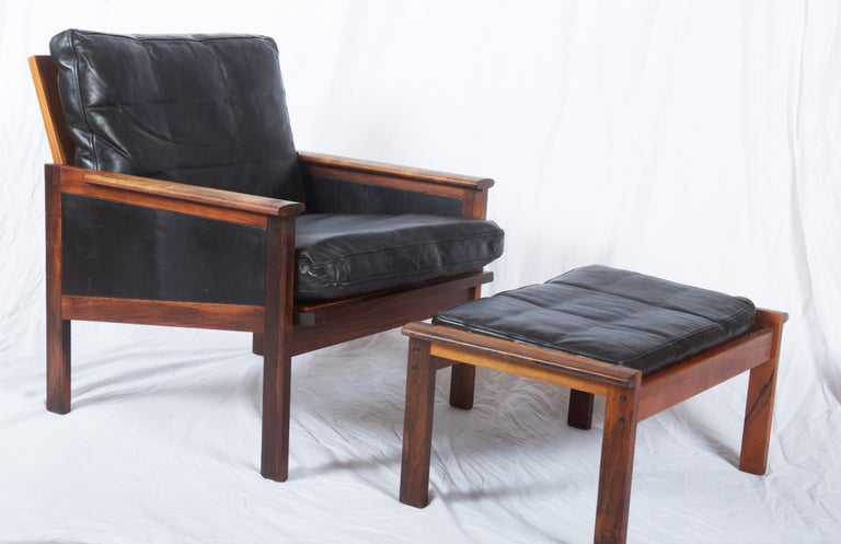 Illum Wikkelsø Easy Chairs with Ottoman Model Capella For Sale 6
