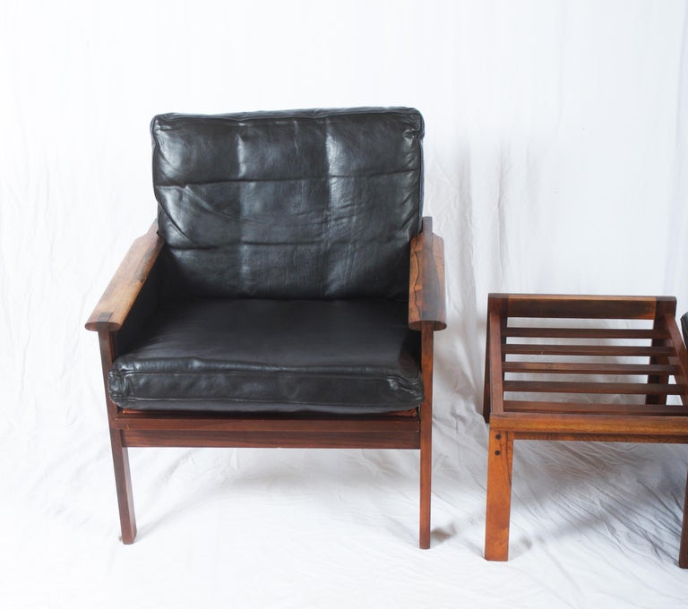 Illum Wikkelsø Easy Chairs with Ottoman Model Capella In Fair Condition For Sale In Vienna, AT
