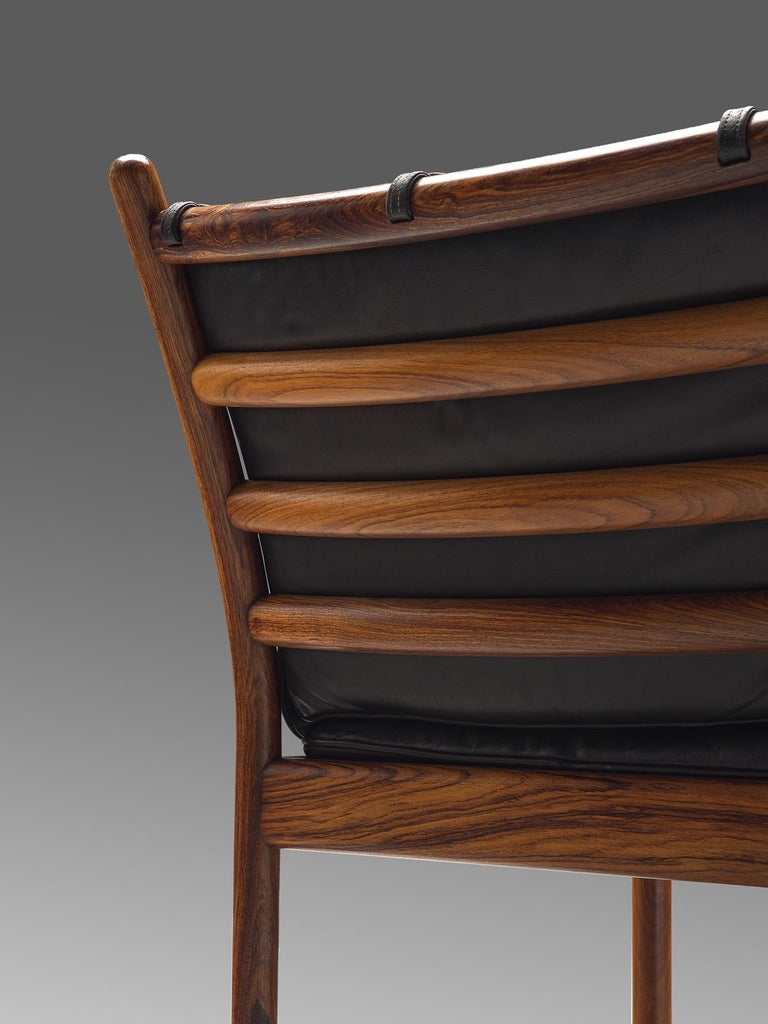 Illum Wikkelsø 'Genius' Chair in Rosewood and Black Leather In Good Condition For Sale In Waalwijk, NL