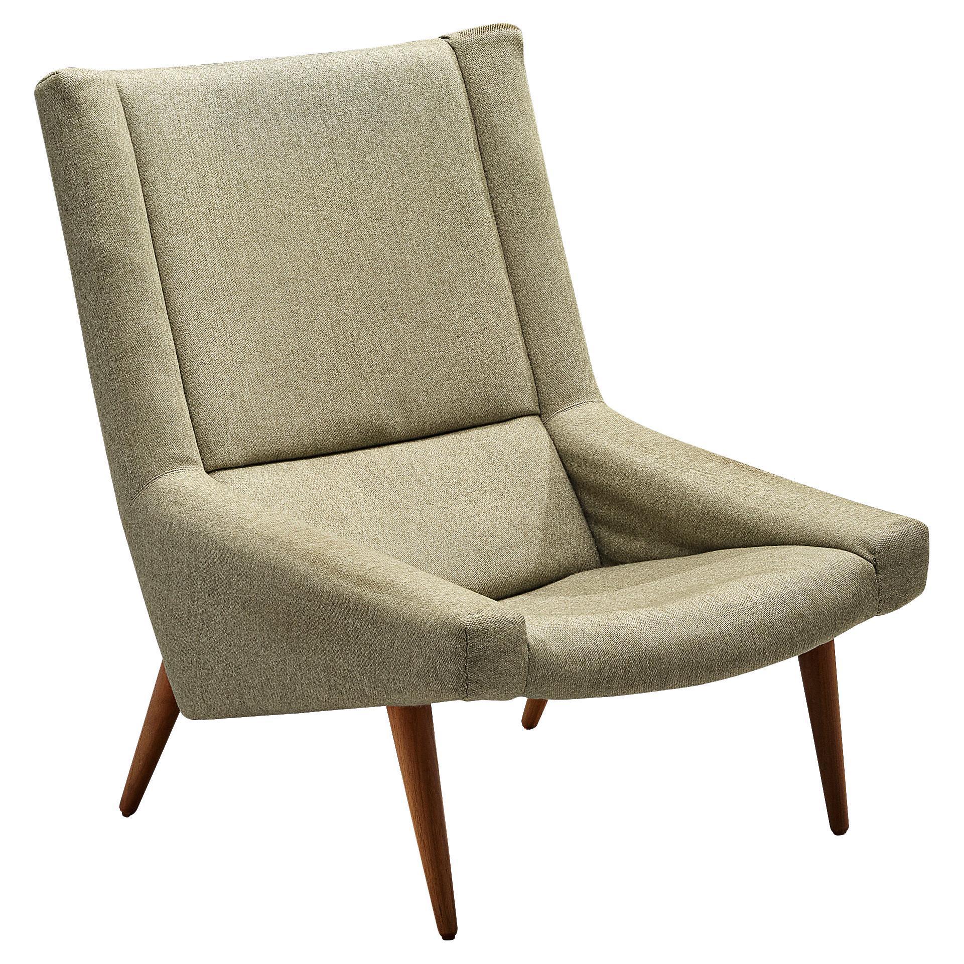 Illum Wikkelsø Lounge Chair Model 50 in Green Upholstery