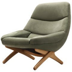 Illum Wikkelsø Lounge Chair 'ML91' in Soft Green Velour Upholstery
