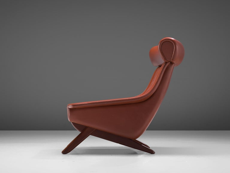 Danish Illum Wikkelsø Lounge Chair 'Ox' in Red Leatherette For Sale