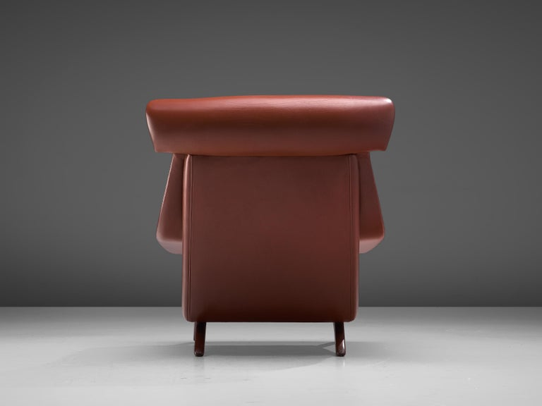 Illum Wikkelsø Lounge Chair 'Ox' in Red Leatherette For Sale 1
