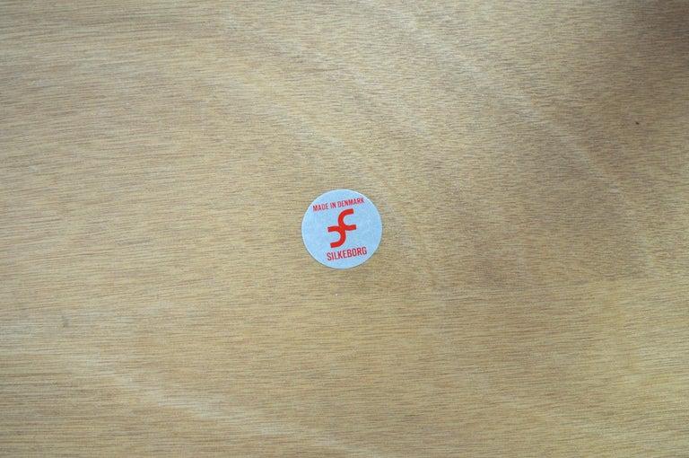 Illum Wikkelsø Side Table in Oak by CFC Silkeborg in Denmark For Sale 1