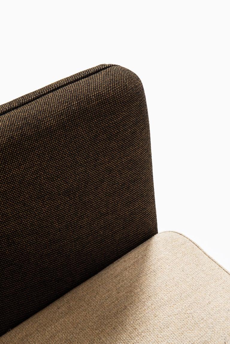 Illum Wikkelsø Sofa Model ML-140 by Michael Laursen in Denmark For Sale 3