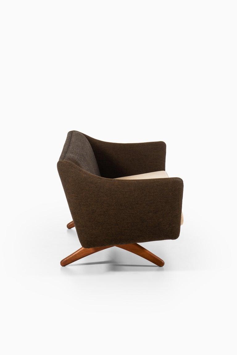Mid-20th Century Illum Wikkelsø Sofa Model ML-140 by Michael Laursen in Denmark For Sale