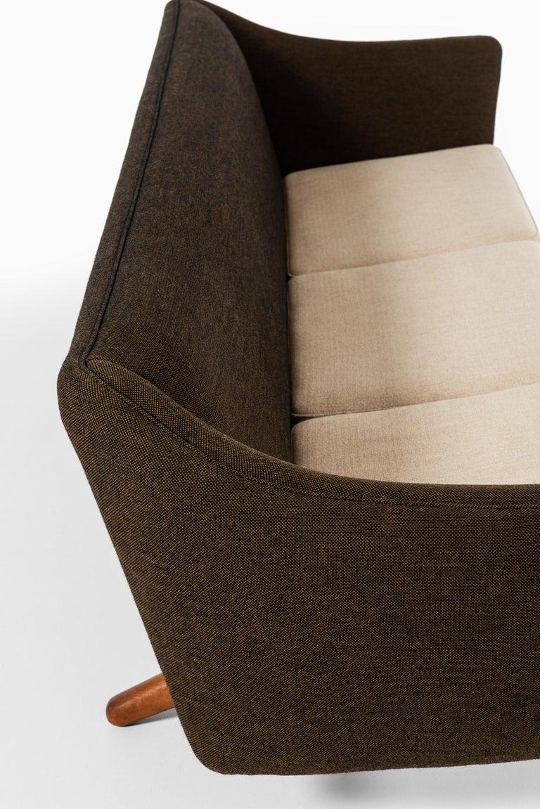 Fabric Illum Wikkelsø Sofa Model ML-140 by Michael Laursen in Denmark For Sale