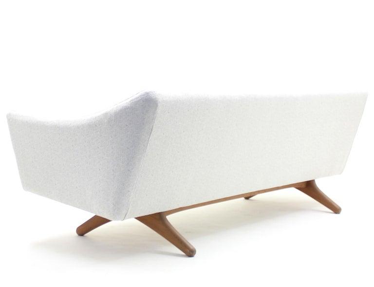 Illum Wikkelsø sofa model ML-140 for A/S Michael Laursen, Denmark, 1950s For Sale 5