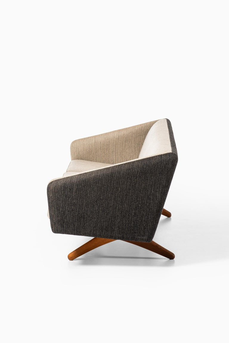 Mid-20th Century Illum Wikkelsø Sofa Produced by Michael Laursen in Denmark For Sale