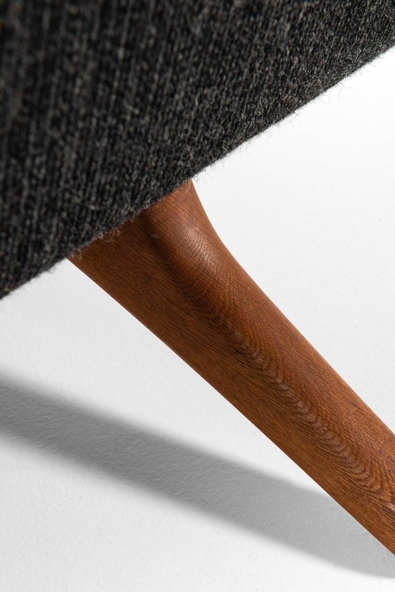 Illum Wikkelsø Sofa Produced by Michael Laursen in Denmark For Sale 1