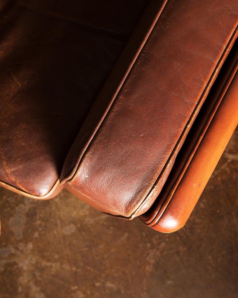 Illum Wikkelsø Sofa V11 in Brown Leather for Holger Christiansen, Denmark, 1960s For Sale 4