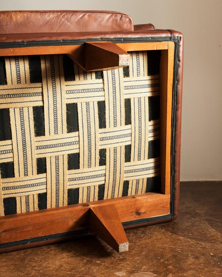 Illum Wikkelsø Sofa V11 in Brown Leather for Holger Christiansen, Denmark, 1960s For Sale 10