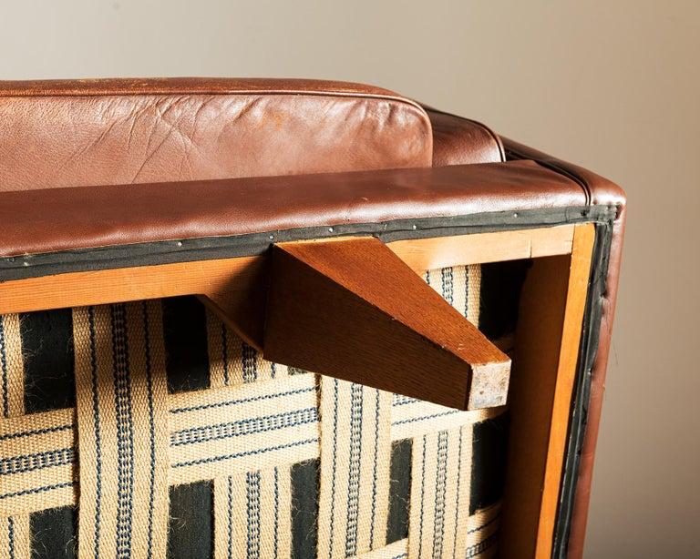 Illum Wikkelsø Sofa V11 in Brown Leather for Holger Christiansen, Denmark, 1960s For Sale 11