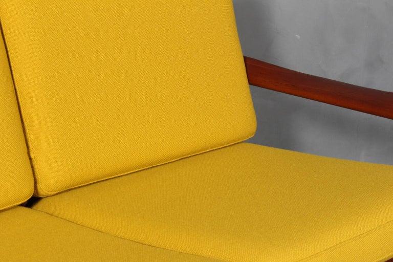 Illum Wikkelsø Two Seat Sofa, Teak and Hallingdal In Good Condition For Sale In Esbjerg, DK