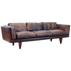Illum Wikkelsø V11 Leather Triple Sofa for Holger Christiansen