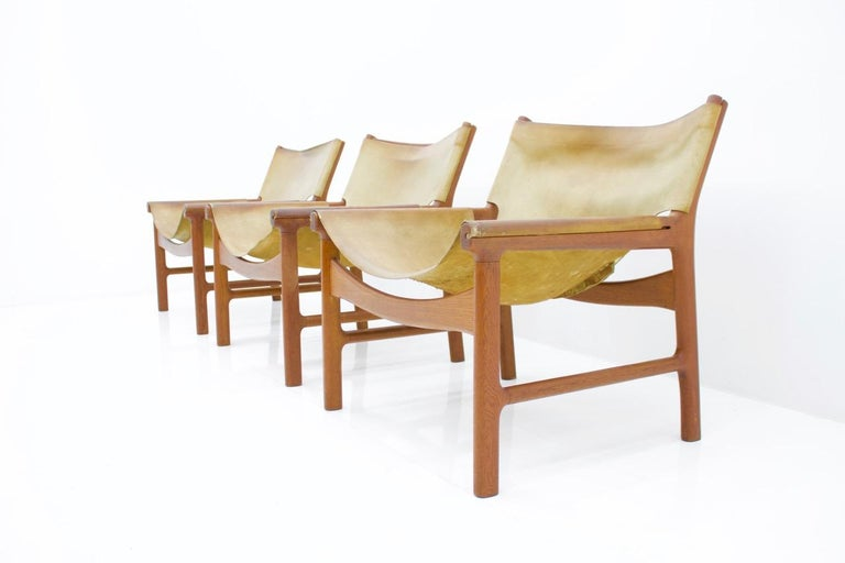 Illum Wikkelso Easy Chair Model 103 in Oak and Leather by Mikael Laursen Denmark 6