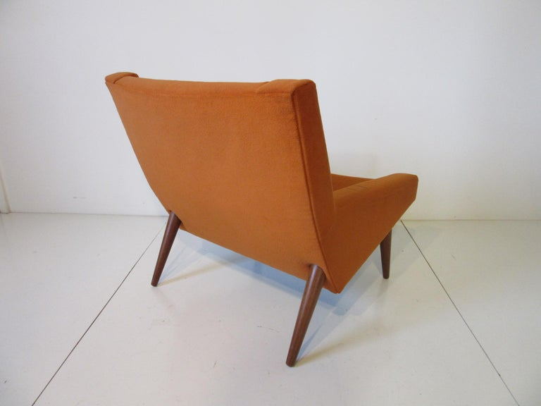 Mid-Century Modern Illum Wikkelsø Lounge Chair for Soren Willadsen, Denmark For Sale