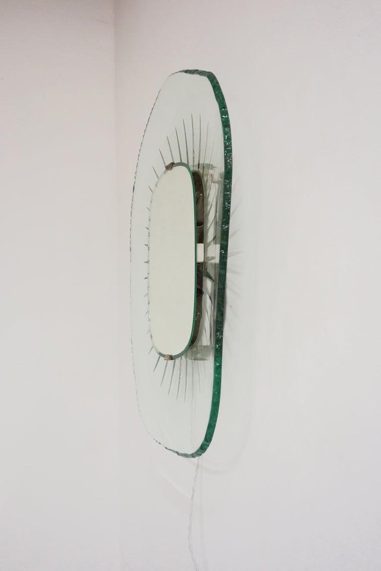 Illuminating Glass Mirror Model 1657 by Max Ingrand, Ed. Fontana Arte circa 1958 For Sale 2