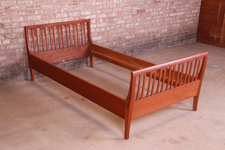 20th Century Illums Bolighus Danish Modern Teak Twin Size Bed, circa 1950s For Sale