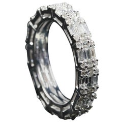 Illusion Diamond Horizontal Eternity Ring in 18 Karat Gold
