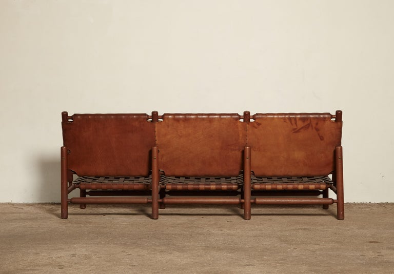 Ilmari Tapiovaara 3-Seat Sofa, Finland or Italy, 1950s In Good Condition For Sale In London, GB