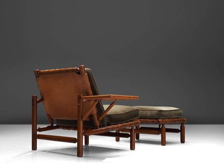 Ilmari Tapiovaara Leather Lounge Chair and Ottoman with Velvet In Good Condition For Sale In Waalwijk, NL