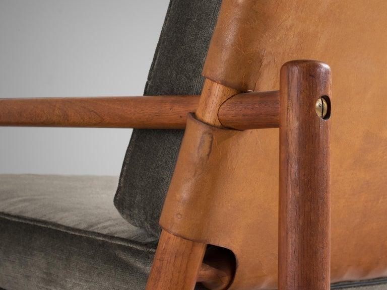 Scandinavian Modern Ilmari Tapiovaara Lounge Chair in Teak For Sale